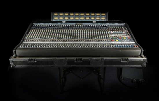 Midas XL3 performance console