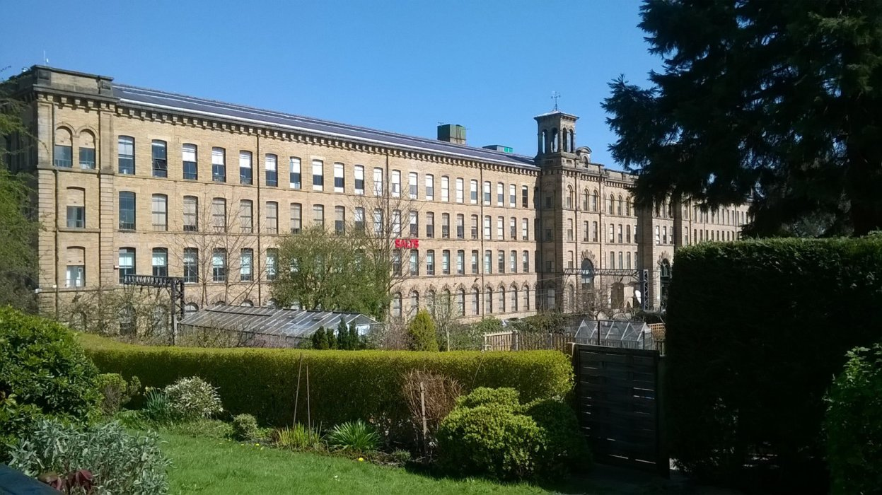 You'll find art galleries, restaurants and unique shops at Salts Mill