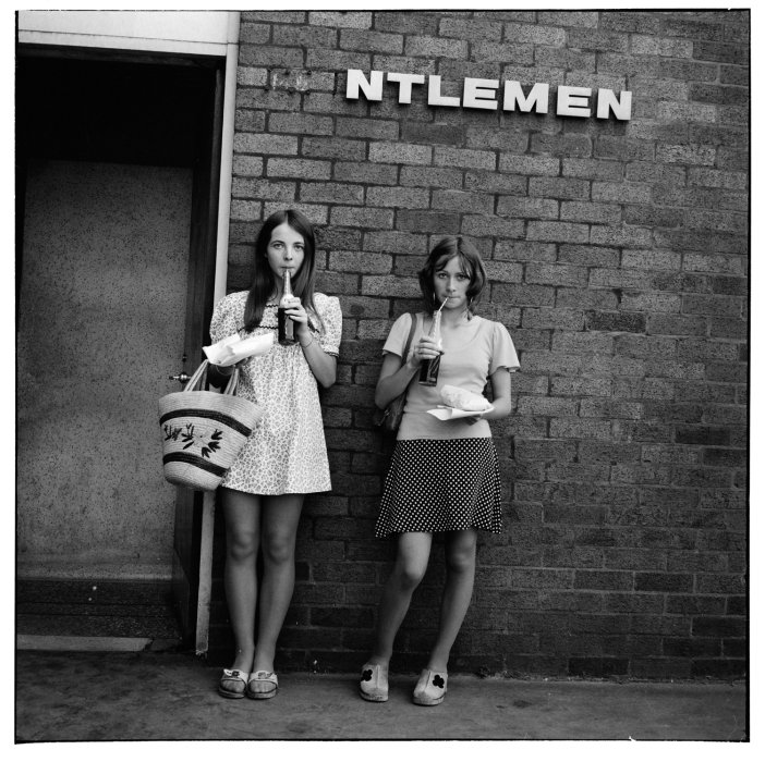 NTLEMEN, Cowley, Oxford, 1973, © Tom Wood, courtesy of the artist