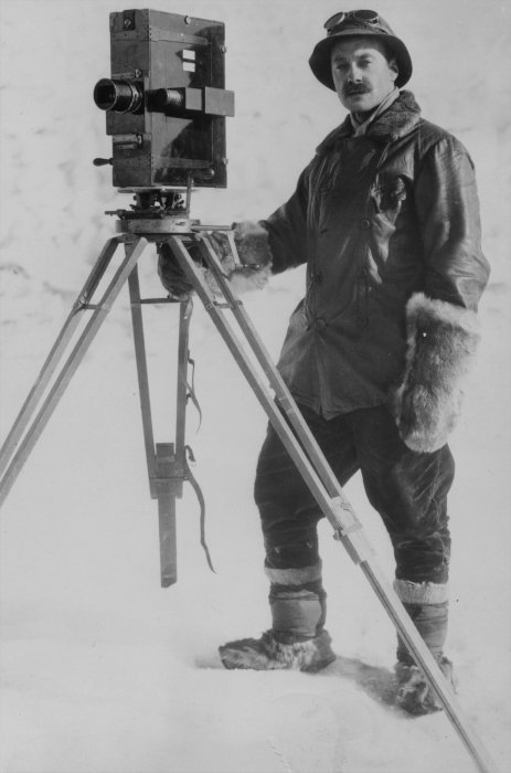 Herbert Ponting, photographer for the 1912 Scott Antarctic expedition © Science Museum Group collection