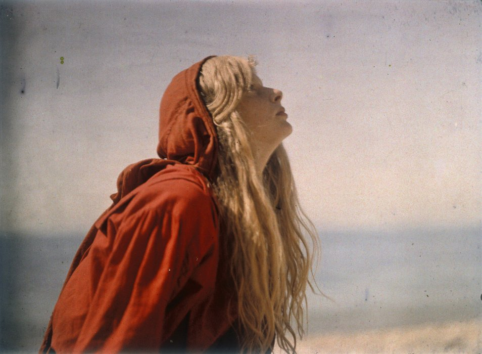 Portrait of Christina wearing a red cloak, 1913, Lieutenant Colonel Mervyn O'Gorman