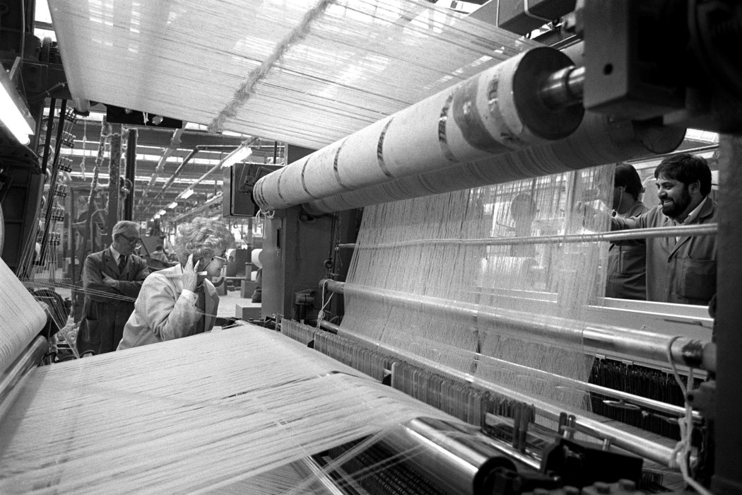 Workers at Drummonds Mill, 1991