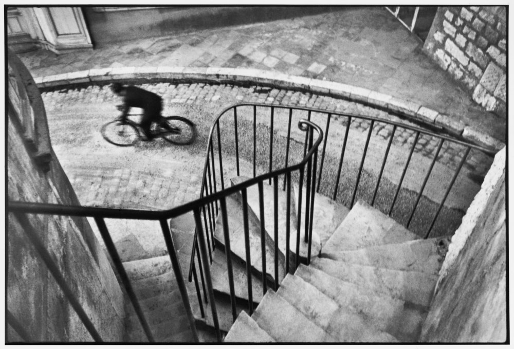 Hyères, France, 1932, Henri Cartier-Bresson © Henri Cartier-Bresson / Magnum Photos / Collection Fondation HCB