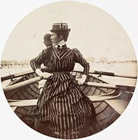 Circular photo of couple in rowing boat, 1890